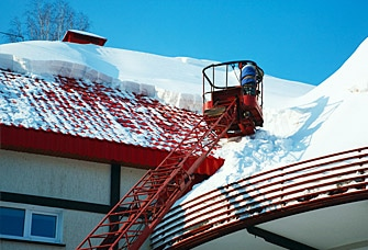 What to Do if You Have a Roofing Emergency in the Winter